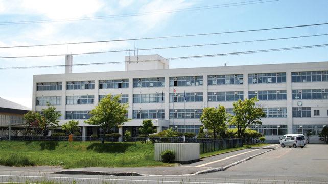 英藍高等学校